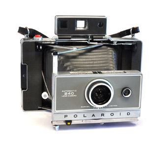 VINTAGE AUTOMATIC LAND POLAROID CAMERAS FOR SALE .. Polaroid ...